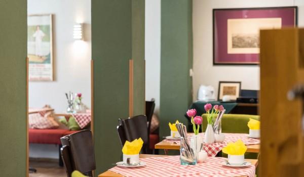 Hotel Frühstück - Frühstücksraum