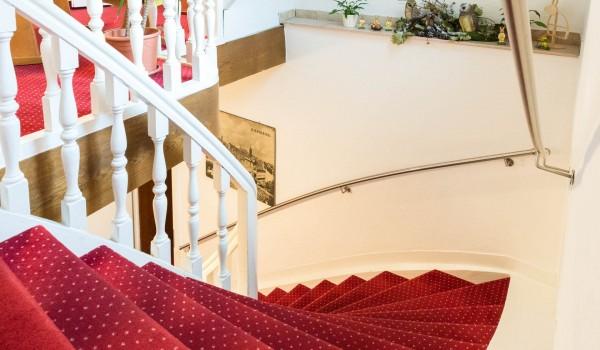 Hotel Innenbereich - Treppen